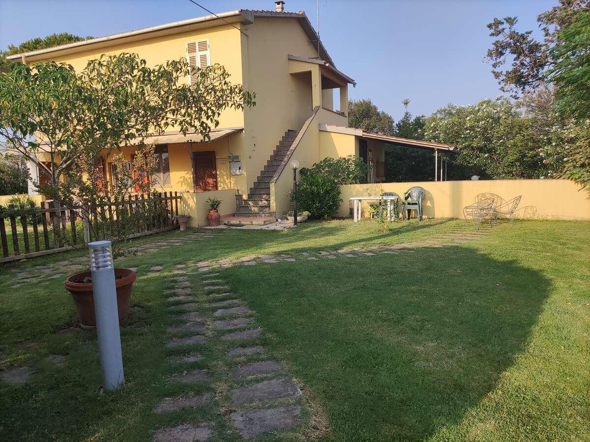 Appartamento con giardino vicino al Parco della sterpaia (golfo di Follonica)